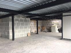 Surface commerciale de 145 m2 à la sortie d´autoroute