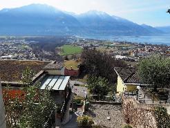 Sicht auf Lago Maggiore - sonnig - ruhig