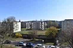 Sonnige 4.5 -Zi. Wohnung mit Garagenplatz, Hobbyraum und Keller