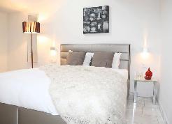 Möbliertes 2 1/2 Duplex Apartment (inkl. Wi-Fi und Reinigung)