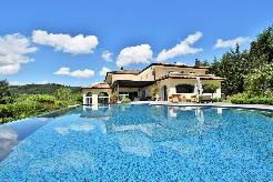 Objet rare avec vue lac, piscine et Pool house habitable