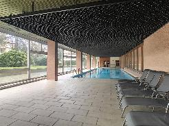 Florissant - Joli studio avec balcon dans immeuble avec piscine