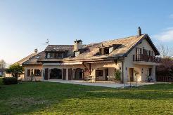 Charmante villa traditionnelle avec superbe vue sur la campagne